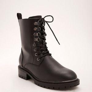 Torrid metal toe combat boot 12w black